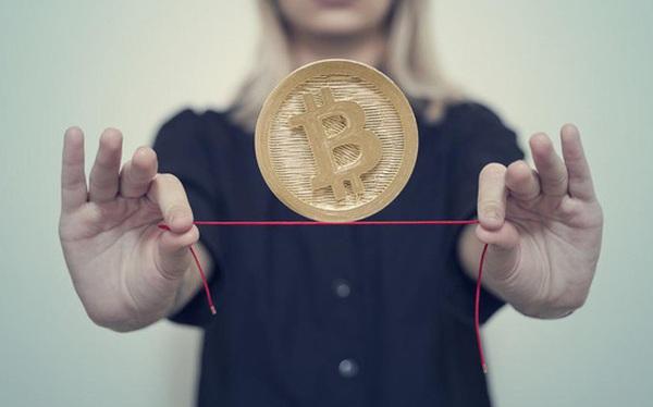 Bitcoin trước bước ngoặt: Thành công cụ thanh toán hay chỉ là bong bóng đầu cơ?
