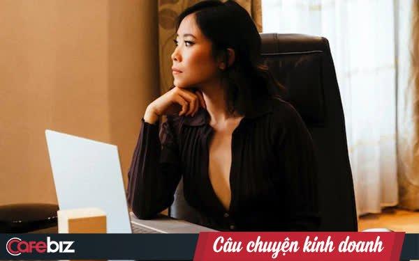 """Nga Nguyễn - chị gái """"bệnh nhân 17"""" ra mắt sản phẩm nến thơm handmade, phiên bản giới hạn, giá hơn 1,6 triệu đồng/hộp"""