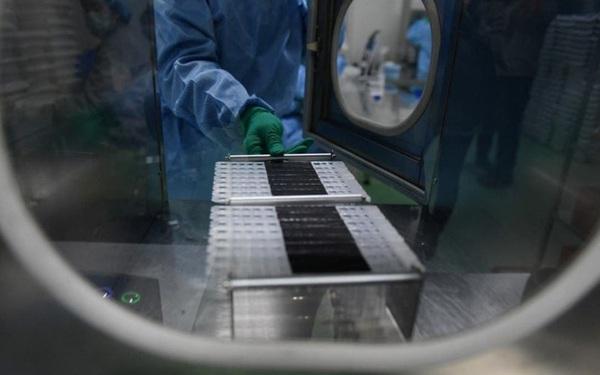 Một công ty sản xuất kit xét nghiệm Covid-19 báo cáo lợi nhuận tăng 6.500%/năm