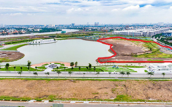 """Chủ đầu tư """"sốc"""" trước thông tin xây công viên không phép tại dự án Vạn Phúc City"""