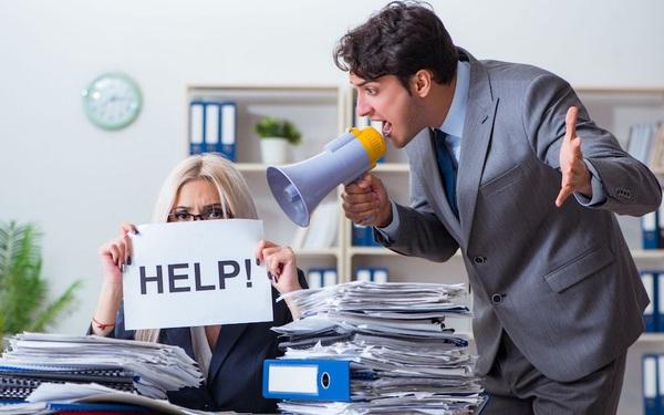 Sếp cần phê bình như thế nào để nhân viên tâm phục khẩu phục?
