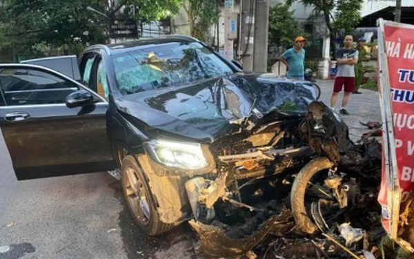 Lái xe Mercedes gây tai nạn tẩu tán tài sản khi đang bị tạm giam
