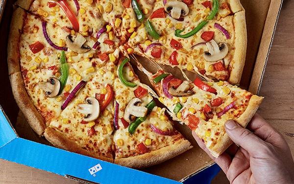 """D. Pizza bị tố """"quỵt"""" tiền: Khách đặt pizza nhưng shipper đi lạc, hơn 1 tháng không được hoàn tiền... lẫn bánh"""