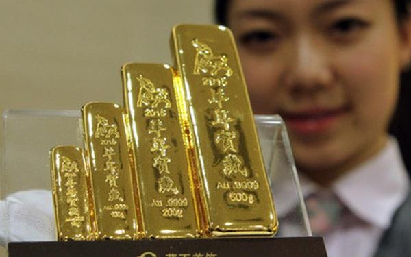 """Trung Quốc đột ngột """"gom"""" hàng trăm tấn vàng"""
