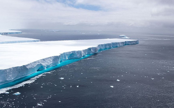 Núi băng trôi lớn nhất thế giới tan chảy, chính thức biến mất khỏi Trái đất