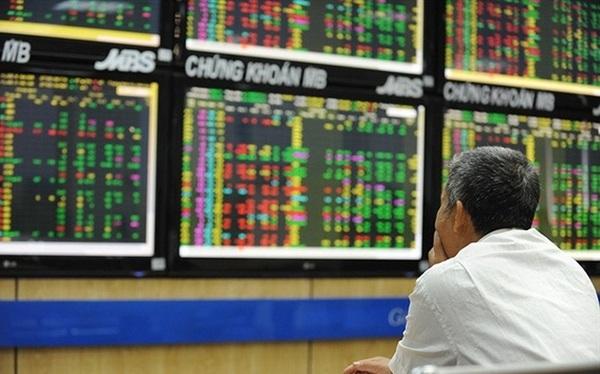 Lạm phát dự báo sẽ tăng nhanh từ tháng 4, rủi ro bong bóng tài sản hiện hữu