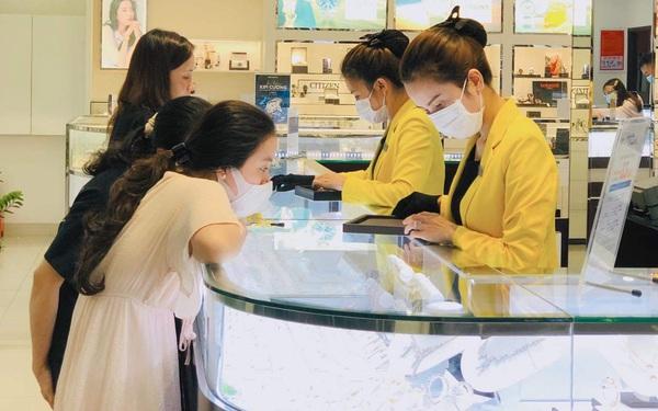 3 dịp lễ liên tục trong quý đầu năm giúp doanh thu chuỗi 340 cửa hàng trang sức PNJ tăng gấp rưỡi cùng kỳ