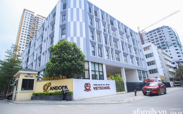 Có một ngôi trường dạy theo phương pháp Đồng kiến tạo ở ngay Hà Nội, phòng học ngập tràn ánh sáng, đặc biệt nhất là khu vui chơi trên sân thượng