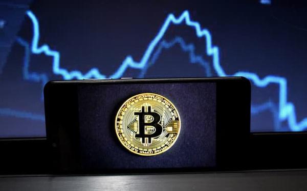 Thị trường tiền số bốc hơi 260 tỷ USD chỉ trong 1 ngày, giá Bitcoin thủng mốc 50.000 USD
