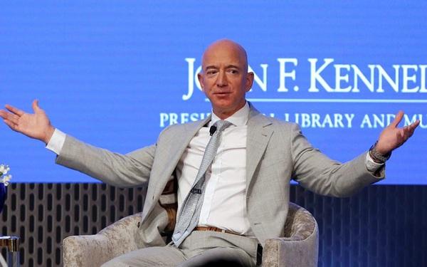 9 sự thật kinh ngạc về sự giàu có của Jeff Bezos, người đàn ông giàu nhất thế giới: Người ta kiếm triệu đô mất cả đời hoặc vài đời, còn Jeff chỉ mất chưa đầy 15 phút