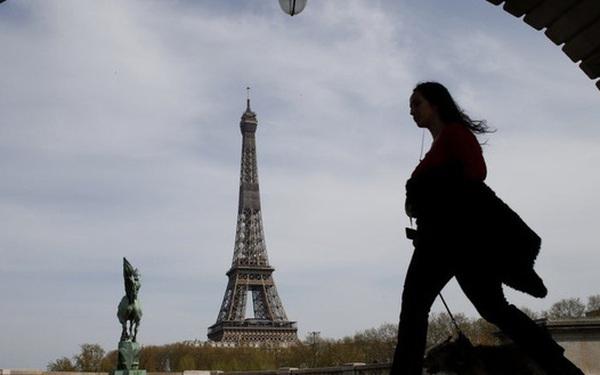"""""""Sóng"""" COVID-19 thứ 3 dập tắt hy vọng phục hồi ngành du lịch châu Âu"""