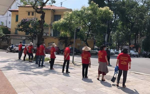 Hà Nội: Tòa chung cư hoành tráng xây hơn chục năm mới... gần xong, người mua nộp tới 140% tiền nhà mà vẫn phải đi ở thuê