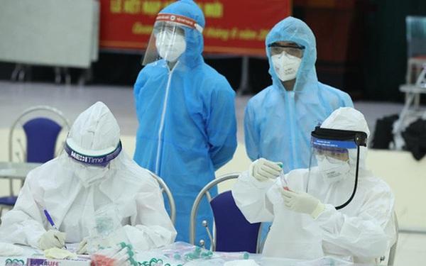 NÓNG: Hà Nội ghi nhận 8 ca dương tính SARS-CoV-2, trong đó, 6 ca ở Gia Lâm, Hai Bà Trưng
