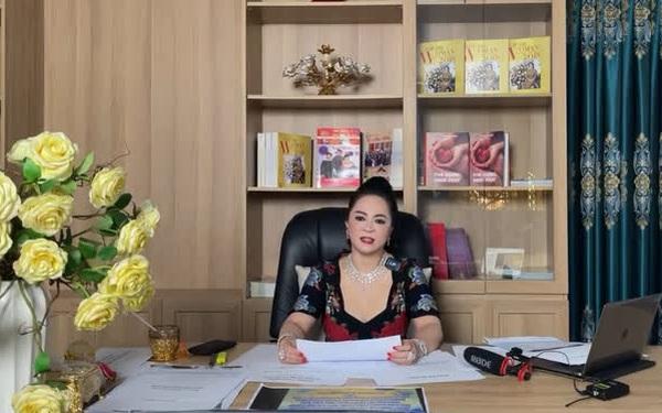 """Bà Phương Hằng - vợ ông Dũng """"lò vôi"""" hôm nay tuyên bố cực gắt: """"Cấm cửa giới nghệ sĩ đến khu du lịch Đại Nam"""""""