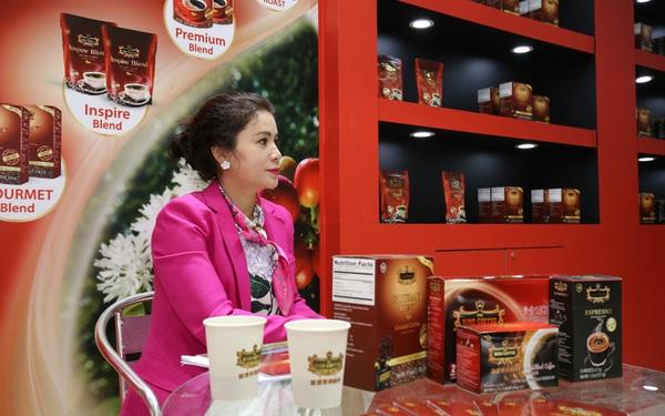 """Sau trạng thái """"gục ngã"""", bà Lê Hoàng Diệp Thảo đã đứng dậy tuyên bố chuẩn bị khai trương quán cà phê King Coffee đầu tiên tại Mỹ"""