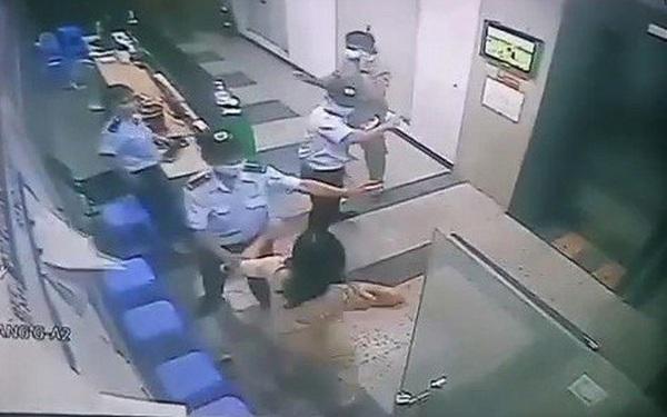 Người phụ nữ hành hung bảo vệ chung cư khi được nhắc nhở đeo khẩu trang bị phạt 2 triệu đồng