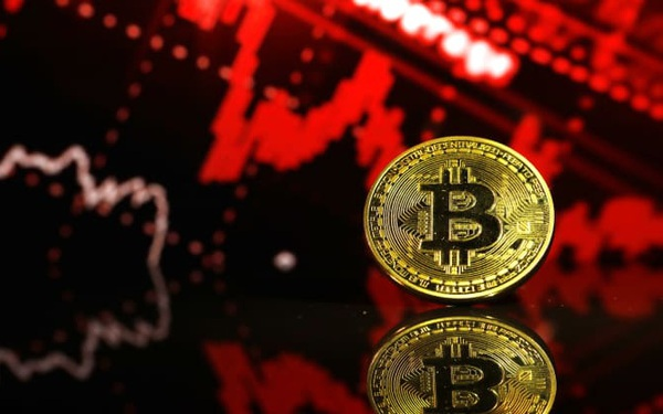 Bitcoin giảm sâu hướng đến mốc 30.000 USD