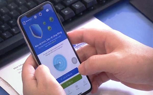 Sẽ phạt người dùng smartphone nhưng không cài ứng dụng phòng dịch - Ảnh 1.
