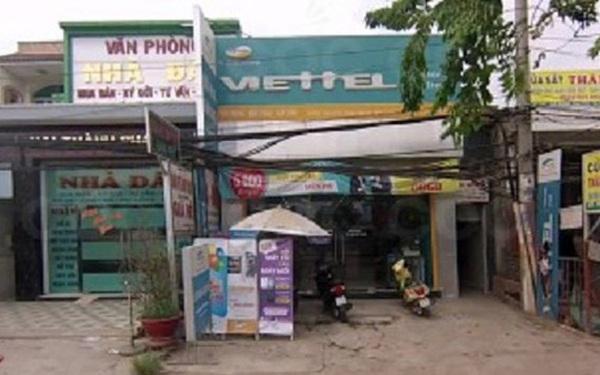 Xông vào cửa hàng Viettel ở Sài Gòn xịt hơi cay nữ nhân viên, cướp hàng trăm triệu đồng