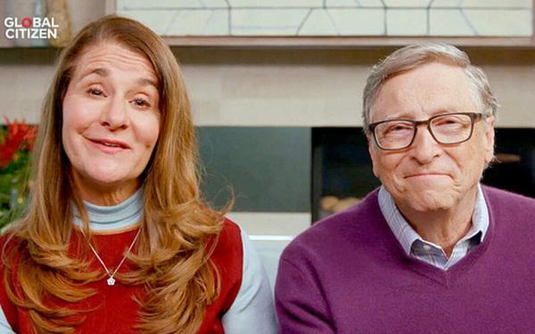 Soi lần cuối cùng xuất hiện bên nhau, dân mạng phát hiện chi tiết cho thấy hôn nhân của vợ chồng tỷ phú Bill Gates đã rạn nứt từ lâu