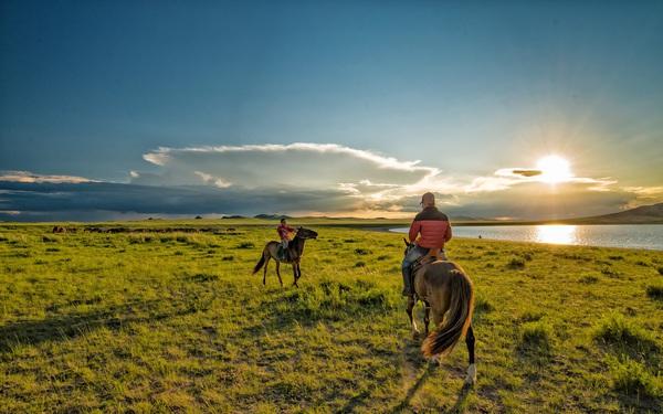 """""""Đi một ngày đàng, học một sàng khôn"""" với 5 hành trình du lịch giúp nhân sinh quan của bạn rộng mở hơn khi bước sang tuổi 30"""