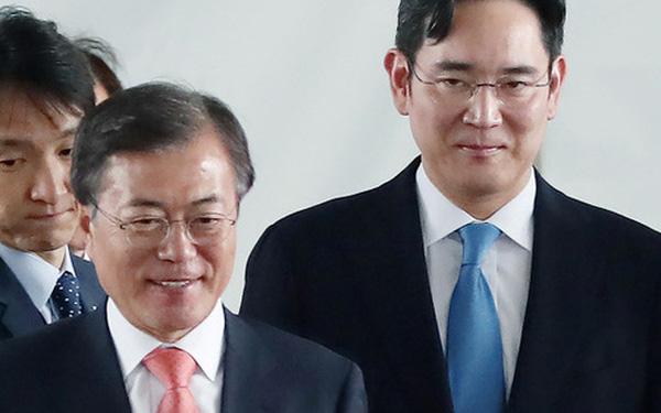 Tổng thống Hàn Quốc tiến thoái lưỡng nan vì Thái tử đang ngồi tù của Samsung