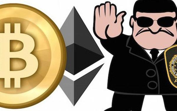 """""""Sóng gió"""" Bitcoin: Nhà đầu tư thành con bạc?"""