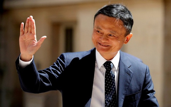Tỷ phú Jack Ma đang làm gì?