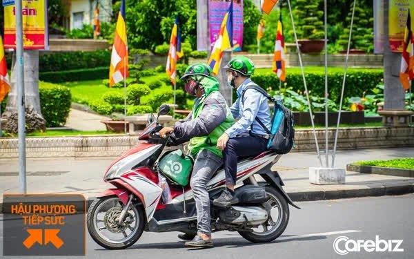 TPHCM vừa tiếp nhận 800.000 liều vaccine Covid do Nhật Bản trao tặng, Gojek tặng 2 cuốc xe miễn phí để người dân Sài Gòn đi tiêm