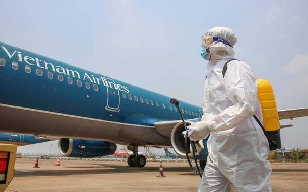 """Vietnam Airlines đang """"bên bờ vực phá sản"""", những ngân hàng nào là chủ nợ?"""