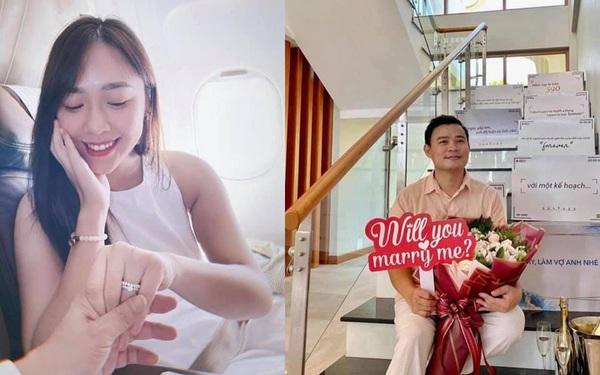 """""""Nàng thơ"""" VTV24 vừa được triệu phú USD Hùng Đinh cầu hôn """"trên mây"""" là ai?"""