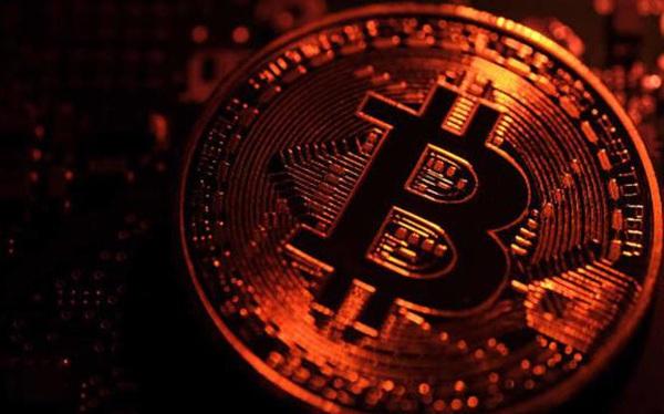 """Bitcoin bị ví như """"thuốc chuột"""", vẫn có dự báo lên 100.000 USD vào cuối năm"""