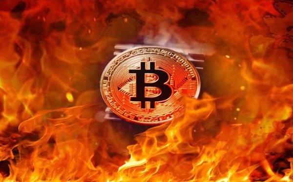 """So sánh những lần """"sập sàn"""" của Bitcoin 10 năm qua"""