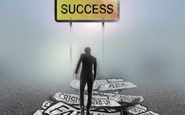 """Người giàu làm gì khi đầu tư thất bại, tài chính bết bát? Câu trả lời chính là lời khuyên tốt nhất để bạn thoát kiếp """"nghèo bền vững"""" lúc này"""