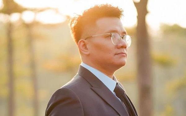 """Cậu IT"""" Nhâm Hoàng Khang tiết lộ nội dung làm việc với Cục Cảnh s.á.t Hình"""