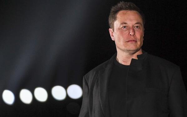 Giữa lúc giá Bitcoin có lúc rớt xuống dưới 30.000 USD, Elon Musk tiết lộ không chỉ để Tesla, SpaceX mà còn lấy cả tiền túi mua tiền số