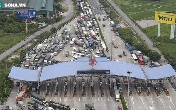 Hà Nội giãn cách xã hội, cao tốc Pháp Vân - Cầu Giẽ 80% xe phải quay đầu, nhiều tài xế bất ngờ, to tiếng với CSGT