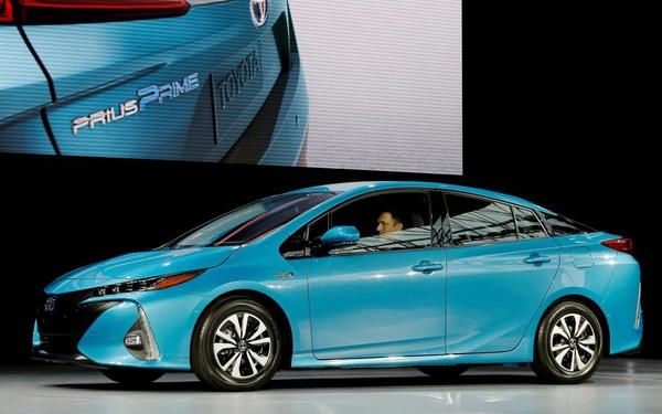 Nhiều 'ông lớn' chạy theo xu thế ô tô điện nhưng Toyota nói không bởi... 'gây hại môi trường'