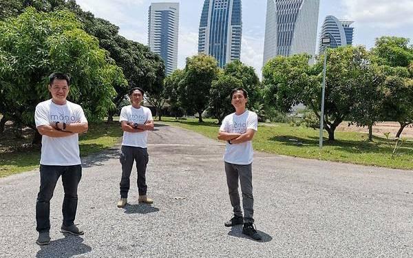 Thấy quá đắt khi phải chi 200 USD cho quả dưa lưới giống Nhật, 3 người nông dân Malaysia mày mò cách trồng và đã thành công: Dưa được thư giãn bằng nhạc cổ điển, mát-xa mỗi ngày