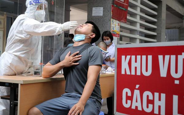"""Virus âm thầm gây dựng thành luỹ kiểu """"xôi đỗ"""": PGS Nguyễn Huy Nga chỉ ra điều thuận lợi khiến dịch dễ bùng phát"""