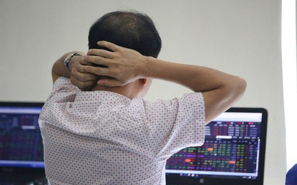 """Sau nửa năm thăng hoa, VN-Index quay đầu trở thành một trong những chỉ số chứng khoán """"tệ"""" nhất Thế giới trong tháng 7"""