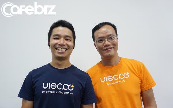 """Co-founder Viec.co tình nguyện đi giao hàng giữa mùa dịch để soạn tài liệu thực tế cho shipper, mong Sài Gòn không còn """"đổ lệ"""""""