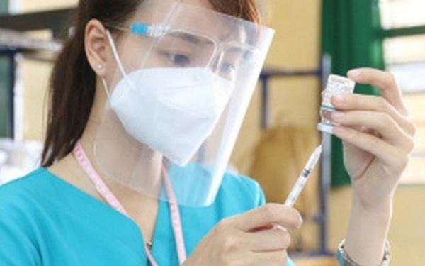 Giải mã vắc xin Covid-19 Vingroup vừa nhận chuyển giao độc quyền: Chỉ cần tiêm 1 mũi, không cần bảo quản trong kho siêu lạnh, đặc chế cho các biến thể như Delta