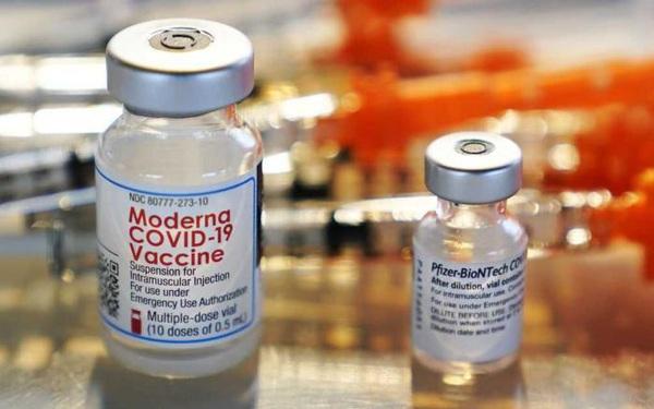 Thu lời hàng chục tỷ USD nhưng Pfizer, Moderna lại phớt lờ nhà khoa học tạo nên thành công cho vaccine Covid-19
