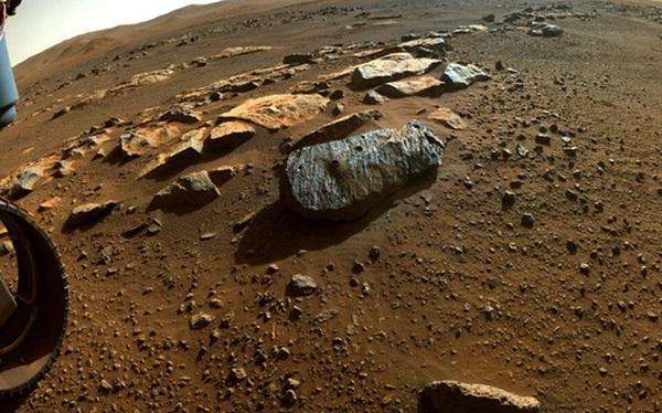 Phân tích mẫu đá trên Sao Hỏa, phát hiện nước từng tồn tại cách đây hàng chục nghìn năm trên Hành tinh Đỏ