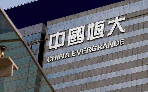 """TS. Đinh Thế Hiển: """"BĐS Việt Nam sẽ không chịu ảnh hưởng nếu như tập đoàn Evergrande có vỡ nợ"""""""