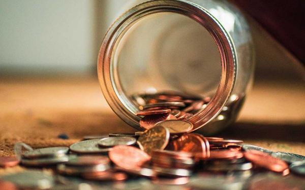 Chuyên gia phân tích: Tiết kiệm và đầu tư giống như lăn trái cầu tuyết - Thời gian đầu tư càng lâu, lợi nhuận đạt được càng lớn