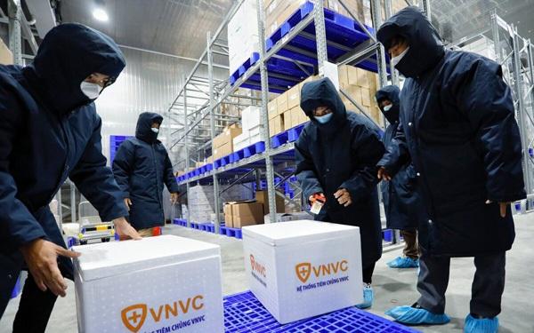 VNVC - Công ty đầu tiên đem vaccine về Việt Nam: Đặt cọc và sẵn sàng mất trắng 700 tỷ đồng để có vaccine sớm nhất, hệ sinh thái nghìn tỷ hậu thuẫn phía sau