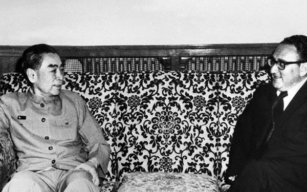 """""""Sói già phố Wall"""" bất ngờ đến Bắc Kinh khi Mỹ-Trung căng thẳng: Được ví với chuyến thăm bí mật 40 năm trước"""
