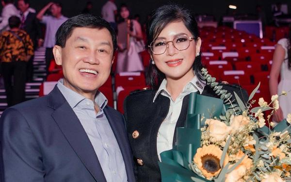 Nghe CEO Thuỷ Tiên nói về chồng mới hiểu bà được tỷ phú Johnathan Hạnh Nguyễn yêu điên cuồng cũng có lý do!